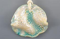 Perłowy wisior ceramiczny
