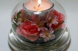 Świecznik z kwiatami