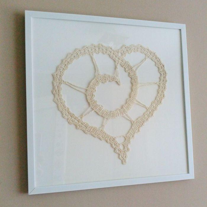 Obraz z sercem szydełkowym - obraz z sercem szydełkowym