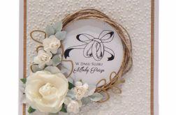 Kartka ślubna wianek z obrączkami - jasna