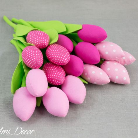 Tulipany, kwiaty z materiału różowe