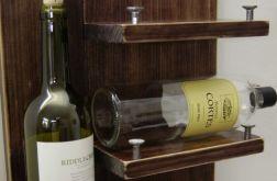 Rustykalna półka na wina