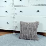 Poszewka na poduszkę cappuccino, z warkoczami