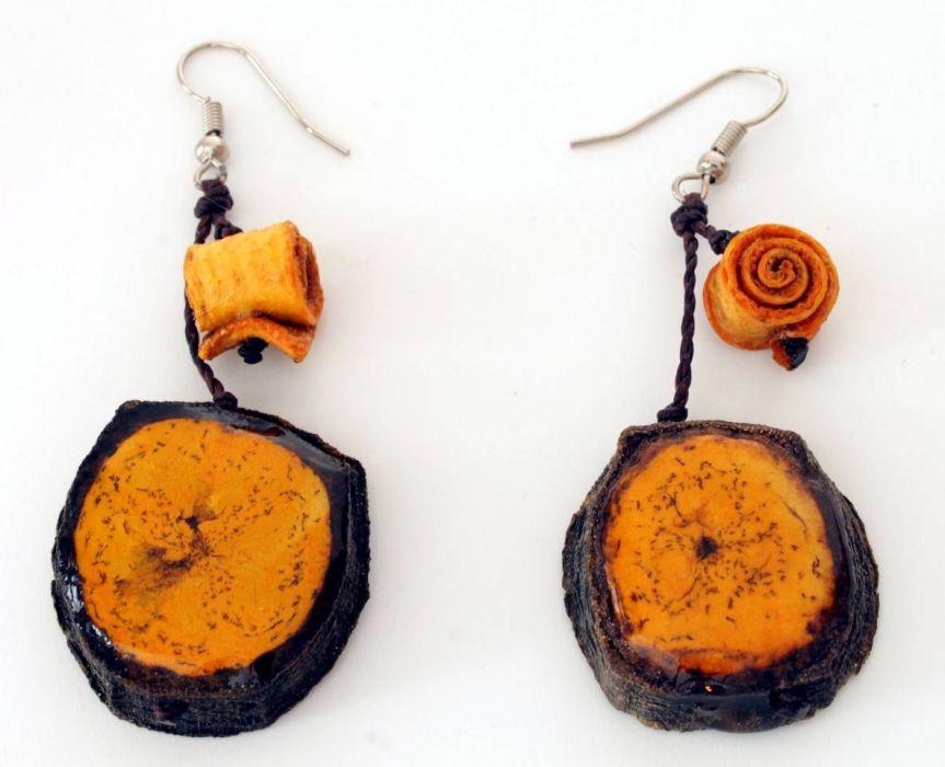 Kolczyki z banana i skórki pomarańczy