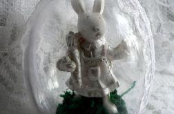 Jajka z zajączkiem w szkatułce