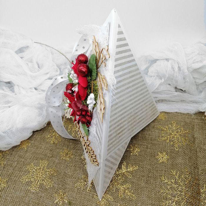 Kartka świąteczna w kształcie choinki BNR 012 - Kartka na boże narodzenie nietypowa w kształcie choinki  z kokardą (2)