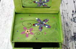 zielona toaletka kwiaty
