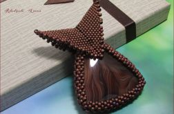 AGAT w koralikach wisiorek medalion brązy