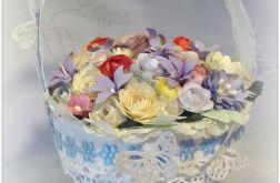 Koszyczek z kwiatami