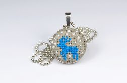 Niebieski reniferek naszyjnik
