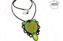 ~mela stone~wisior sutasz TERI jadeit