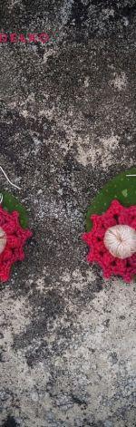 Szydełkowe kolczyki Kwiatki 3D