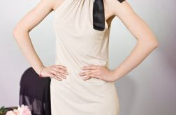 Sukienka bombka z kokardą