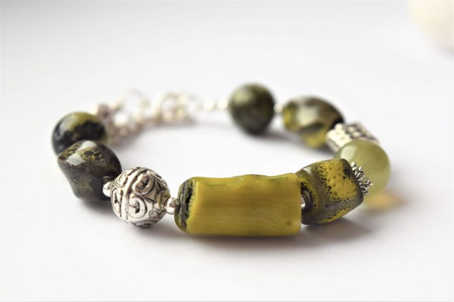 Bransoletka-mix,kamienie,seledynowo-zielone