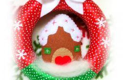 Wianek Świąteczny filc Domek