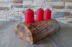 Świecznik drewniany z trzema świecami