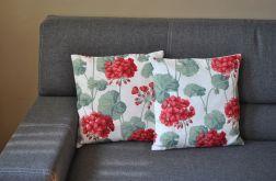 Poszewka dekoracyjna - czerwone pelargonie
