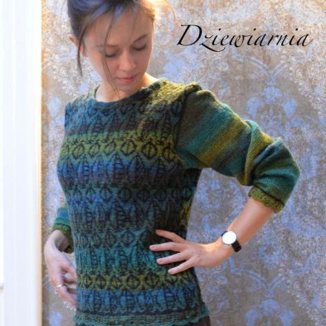 sweter zielony- cieniowany