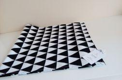 Lambrekin czarne trójkąty