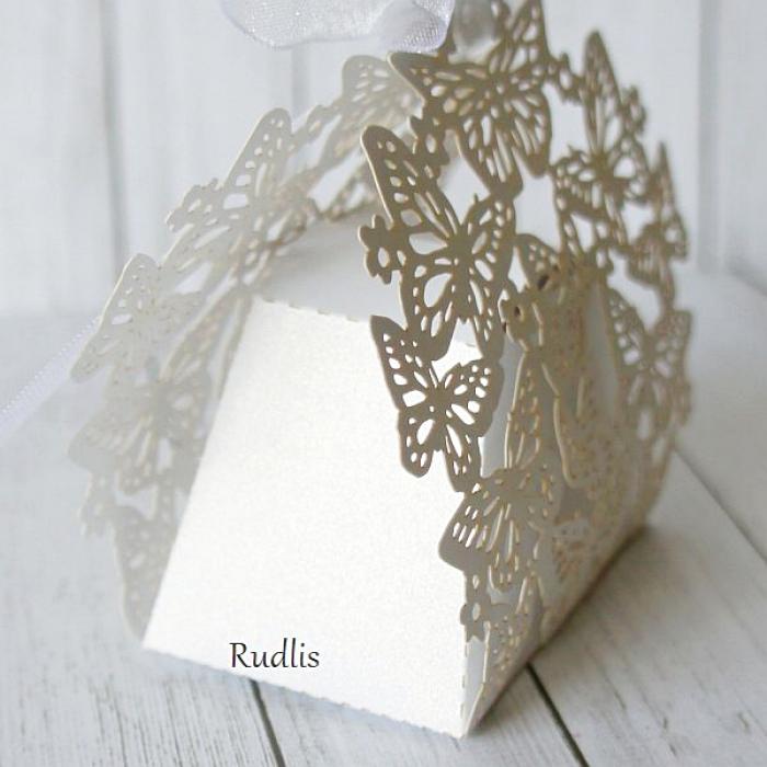 Podziękowania-pudełka pełne motyli #6