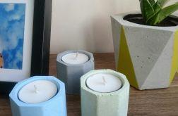 Zestaw betonowych świeczników