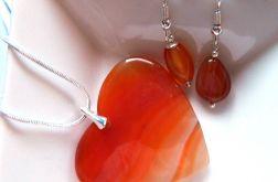 Pomarańczowe serce z agatu, wisior i kolczyki