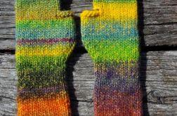 Kolorowe mitenki w odcieniach zieleni