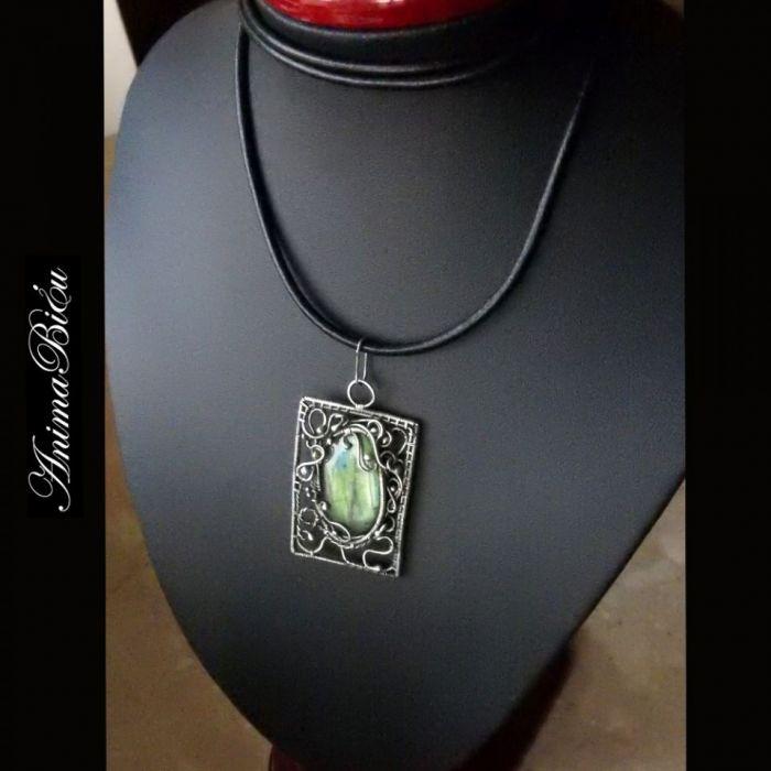 Ancient Wisior srebrny Spektrolit
