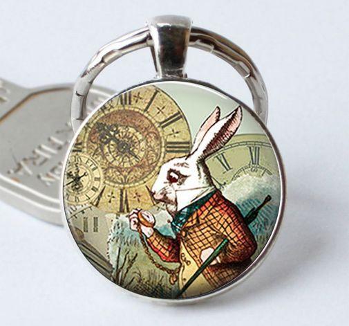 Brelok Alice in Wonderland White Rabbit
