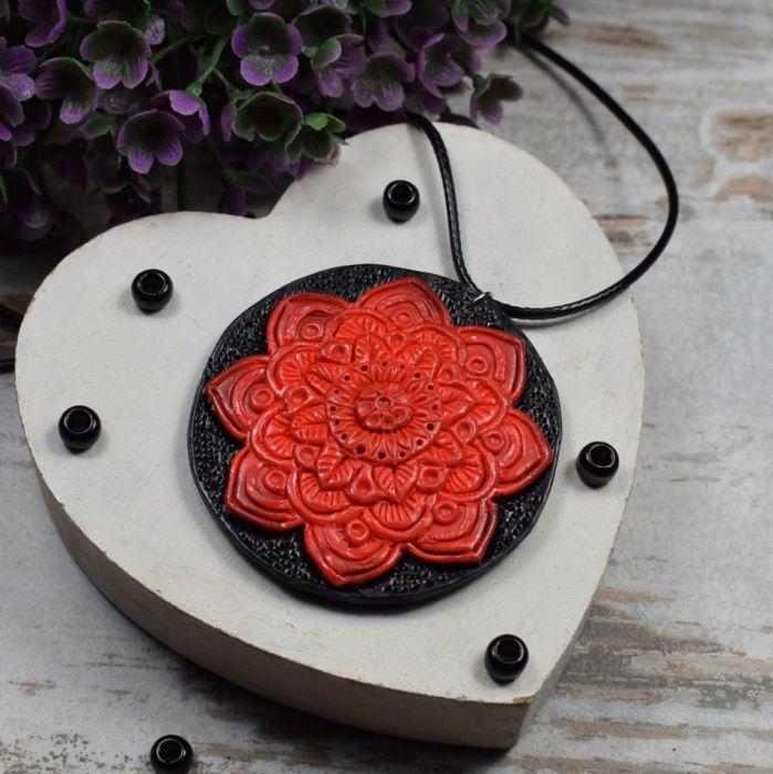 Wisiorek Czerwona Mandala - wisiorek czerwona mandala