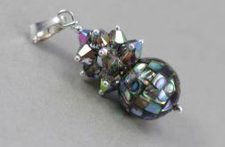 Paua abalone w kryształkach i srebrze - wisiorek