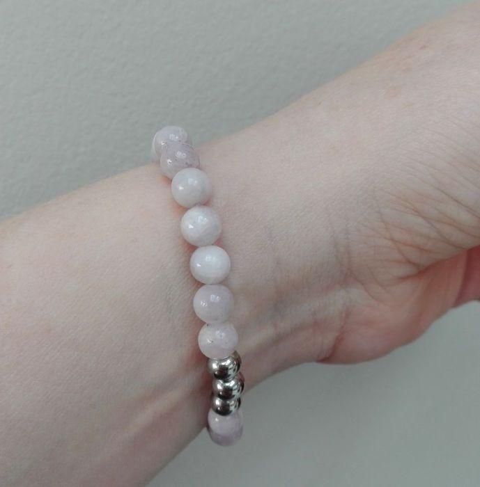 Kunzyt (6 mm) - bransoletka elastyczna