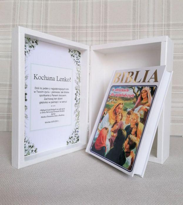 Prezent na Komunię dla dziewczynki - Biblia - k08