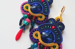 Kolorowe kolczyki z kryształkami