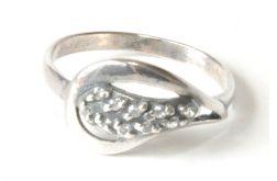 91 delikatny pierścionek vintage