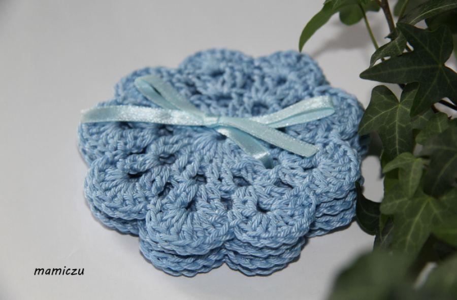 Małe serwetki - podkładki niebieskie
